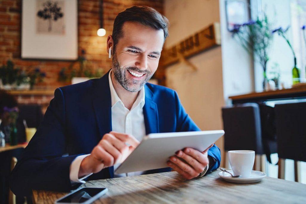 Créer un produit ou une formation en ligne pour générer des revenus passifs